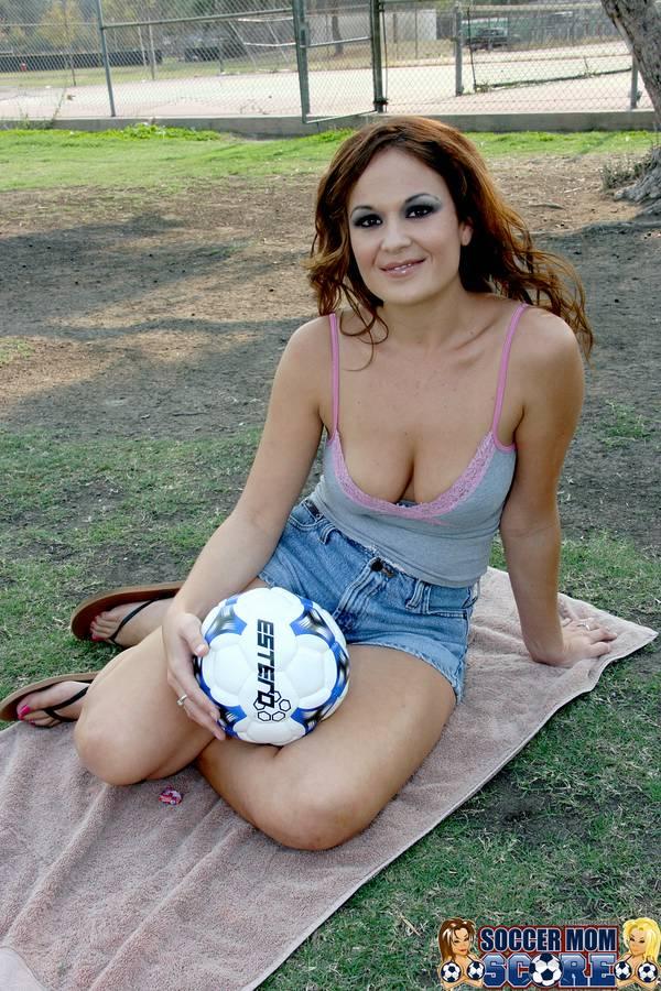 soccer mom cum shot